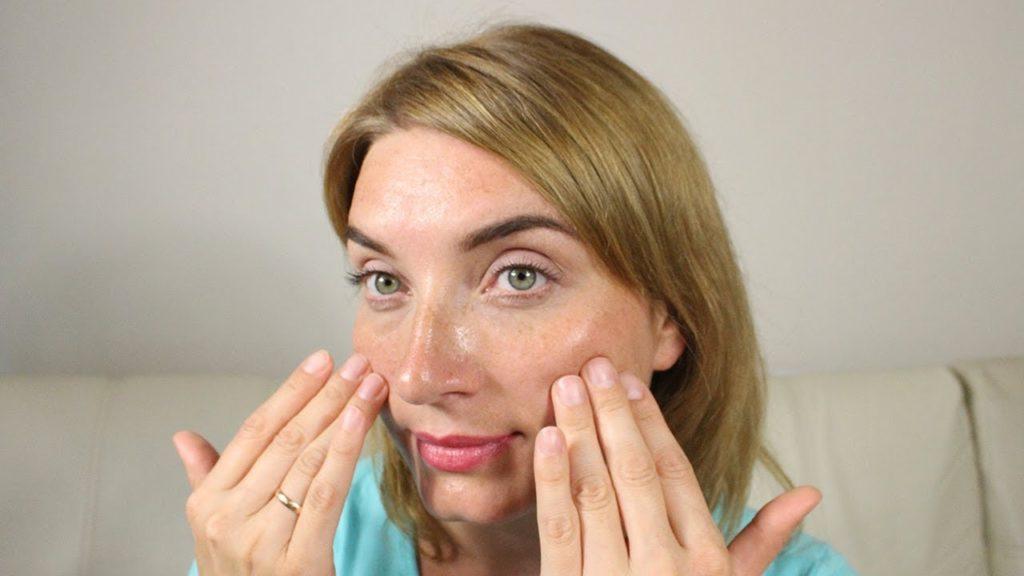 Огляд кращих кремів для жирної шкіри – 10 відзначилися