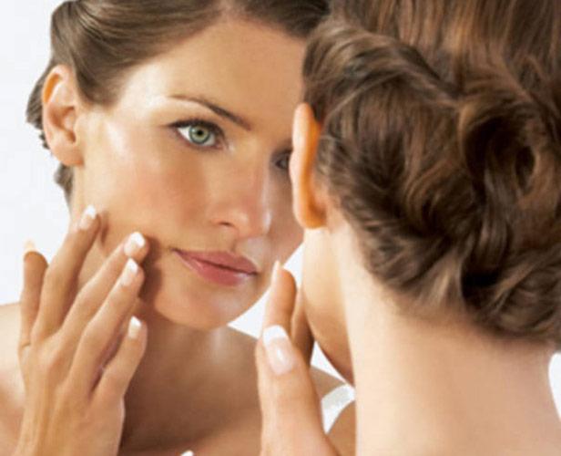 Особливості вибору кремів в магазині для жирної шкіри обличчя