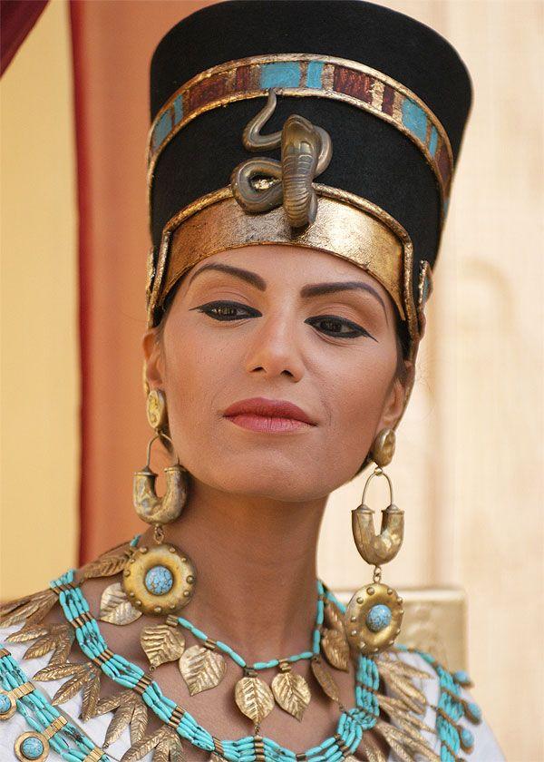 Підтримку молодості і краси особи: від античності до ХХІ століття
