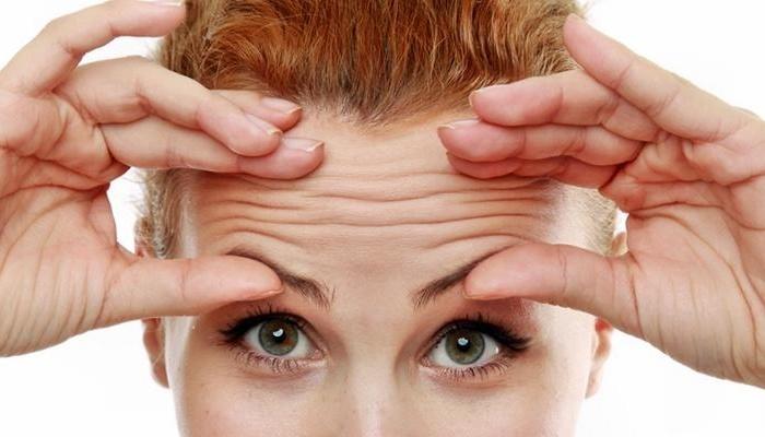 Прибираємо зморшки на лобі – тільки дієві процедури