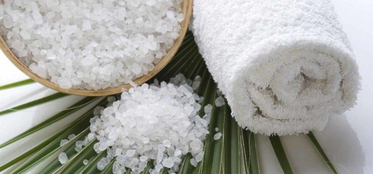 Рецепти з сіллю для того, щоб шкіра була молодою