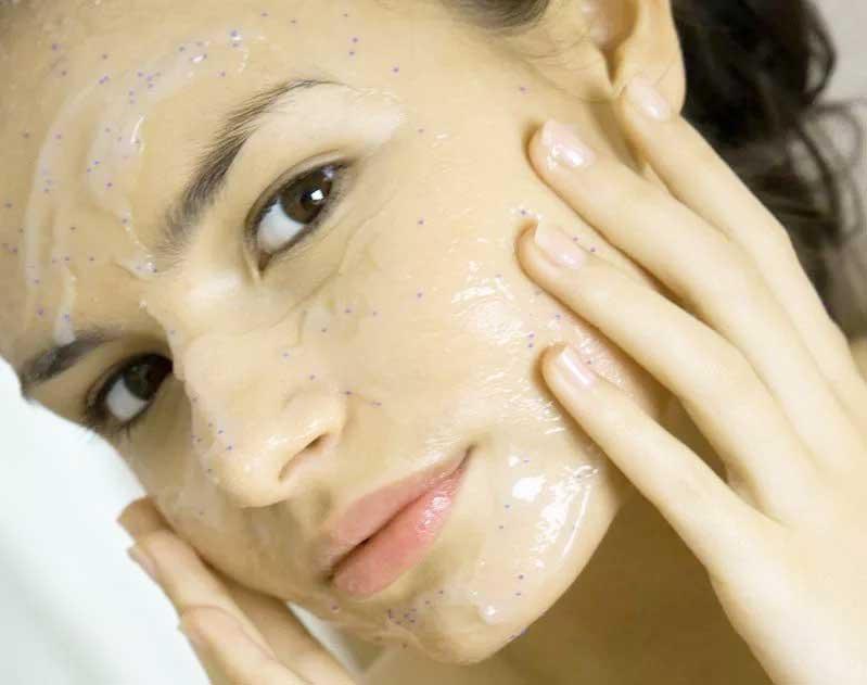 Весняні проблеми зі шкірою і їх рішення